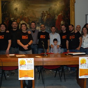 Le foto e le presentazioni del Linux day 2013
